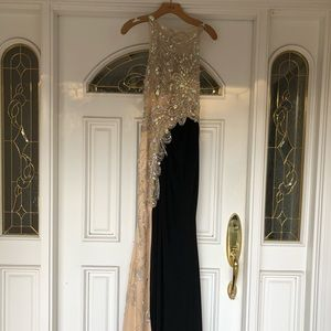 NWT CACHE Formal Black Prom Gown (Retail $398)